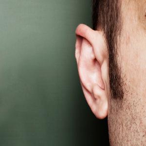 Ear tube installation (ventilation tube application)